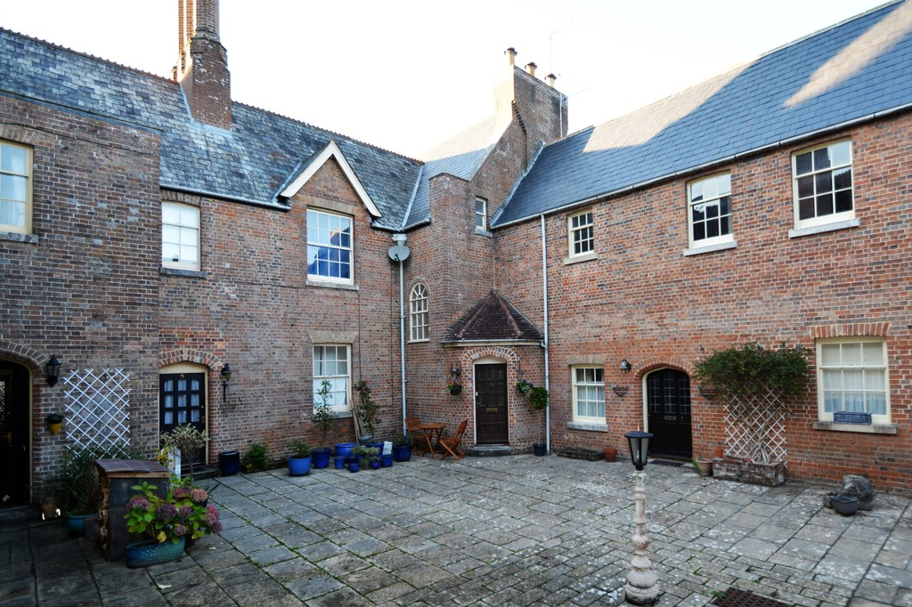 Image of 6 The Courtyard, Clyffe House, Tincleton