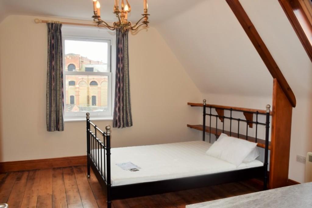 Image of Room 9 Rowan House, Weymouth Avenue