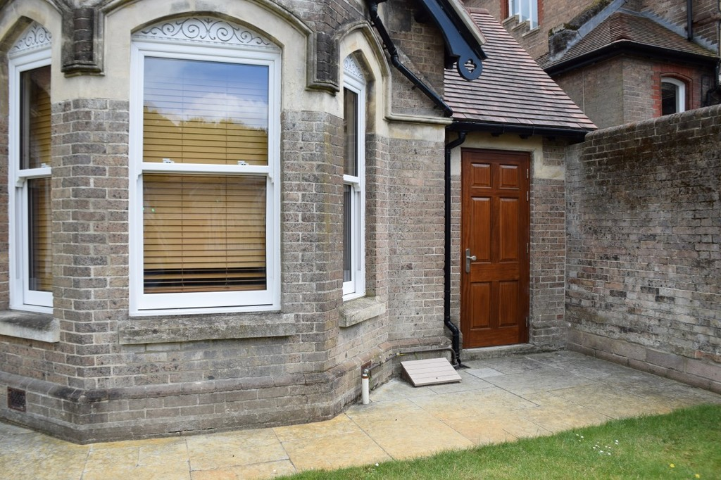 Image of Room 13 Rowan House, Weymouth Avenue
