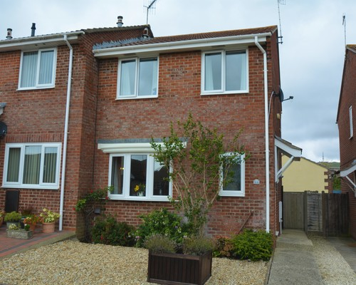 24 Nightingale Drive, Weymouth