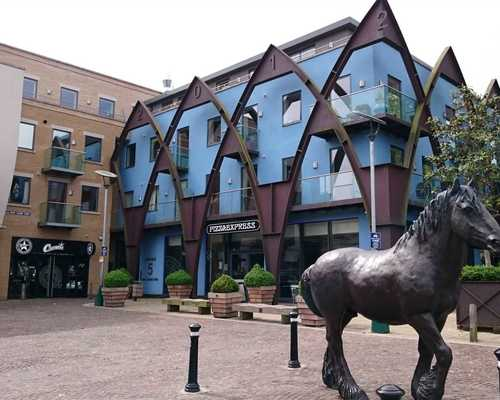 17 Fairfield, Brewery Square